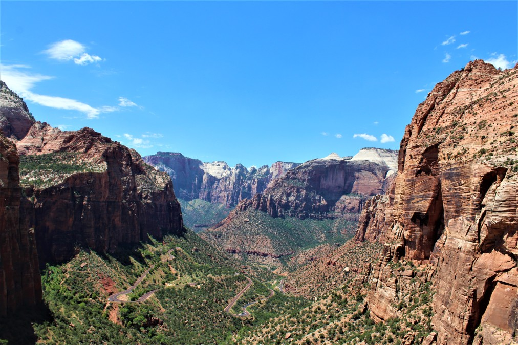 Where to Stay and Hike Visiting Zion